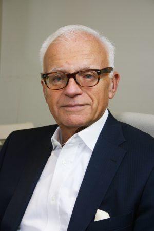 Dr Michael Spira